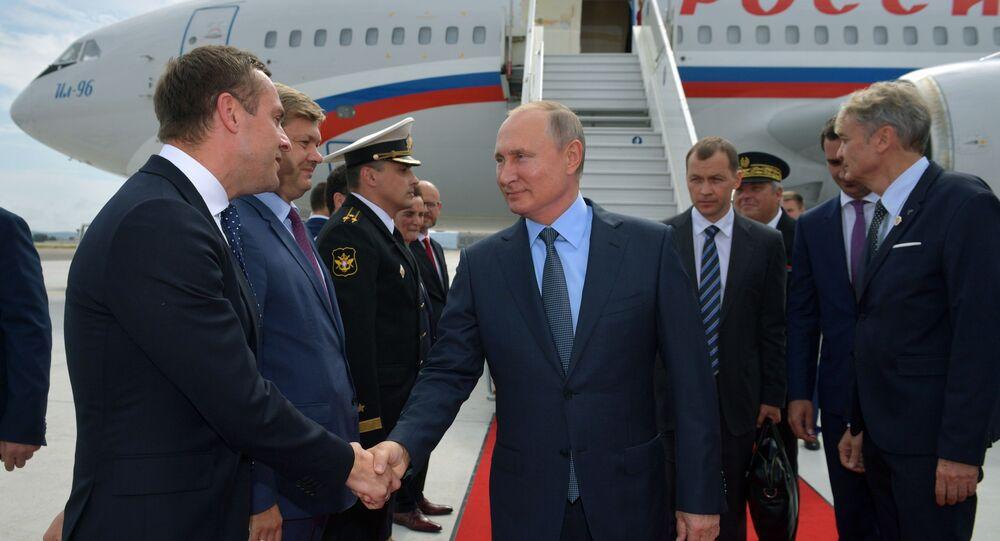 Vladimir Putin na pracovní návštěvě Francie