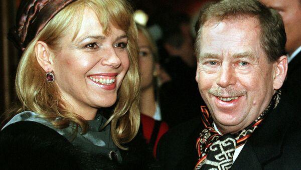 Český prezident Václav Havel s manželkou Dagmar - Sputnik Česká republika
