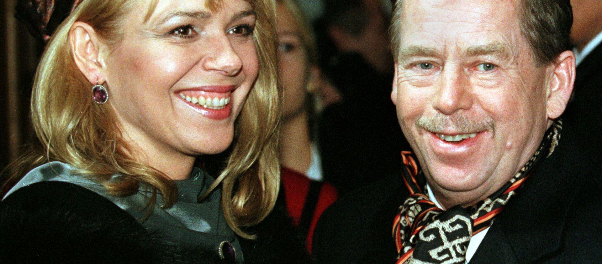 Český prezident Václav Havel s manželkou Dagmar - Sputnik Česká republika, 1920, 04.01.2021