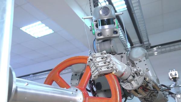 Video: Do vesmíru odletěl podobný člověku robot záchranář. Nová éra výzkumu začala už dnes - Sputnik Česká republika