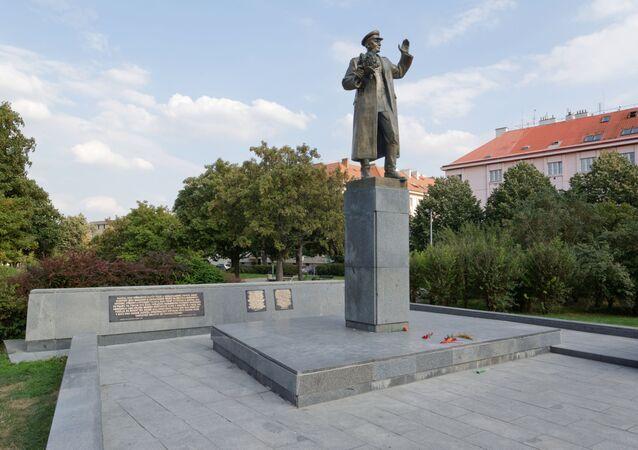 Socha maršála Sovětského svazu Ivana Stěpanoviče Koněva, Praha