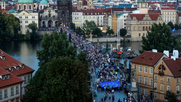 Akce spolku Milion chvilek pro demokracii věnovaná výročí okupaci Československa vojsky Varšavské smlouvy a vzpomínce na oběti demonstrací v srpnu 1969, 21. srpna 2019  - Sputnik Česká republika