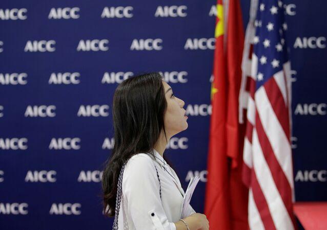 Obchodní válka v plném proudu. Čína vyjádřila protest proti rozhodnutí USA o dalším navýšení cel