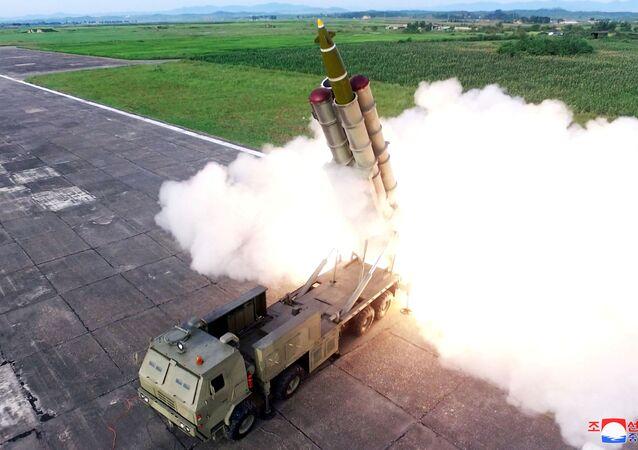 Test nového raketometu v KLDR