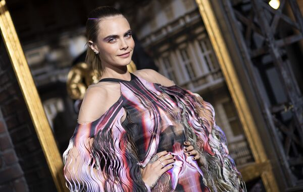 Britská herečka a modelka Cara Delevingnová na premiéře filmu Carnival Row v Hollywoodu. - Sputnik Česká republika