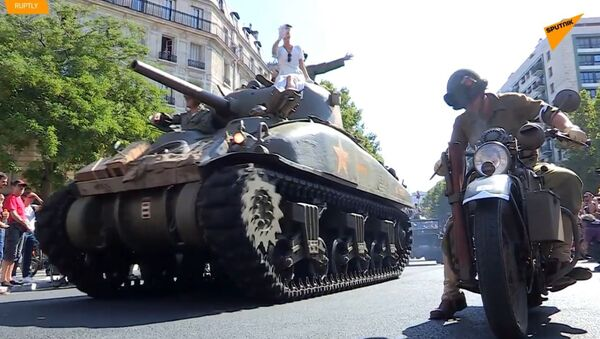 Paříž slaví 75. výročí osvobození od nacistů  - Sputnik Česká republika