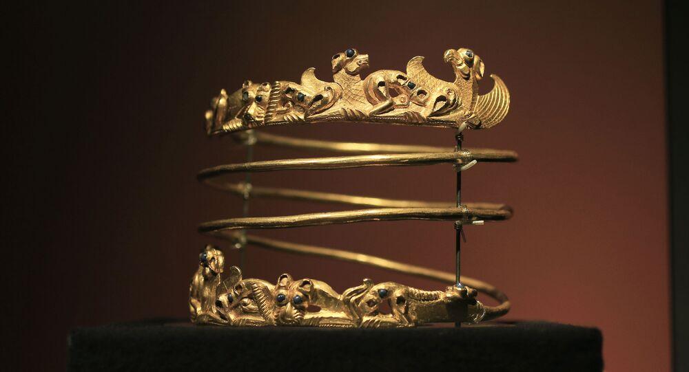 """Exponát výstavy """"Krym: zlato a tajemství Černého moře"""" v Amsterdamu"""