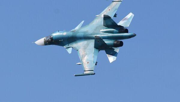 Stíhací bombardér Su-34  - Sputnik Česká republika