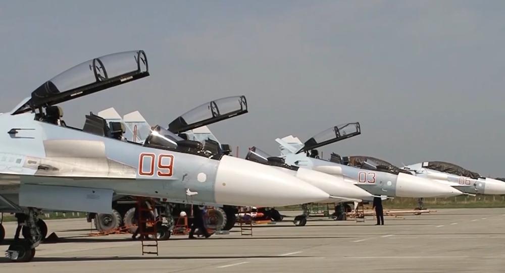 Na Krymu stíhačky Su-30SM generace 4++  srazily objekty pomyslného soupeře