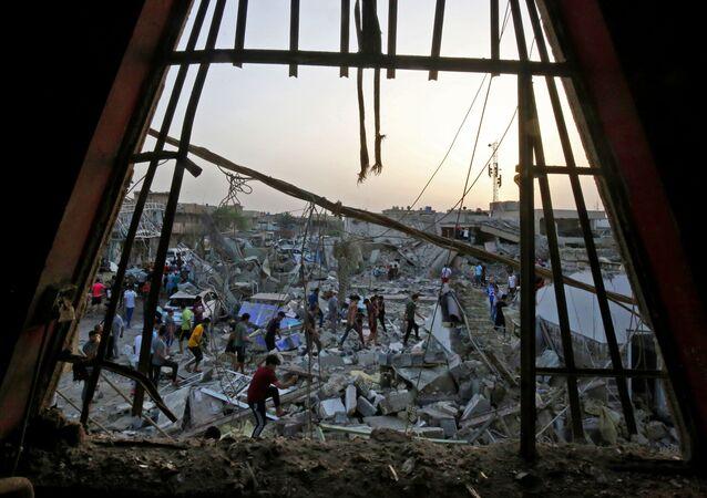 Následky výbuchu v iráckém Bagdádu. Ilustrační foto