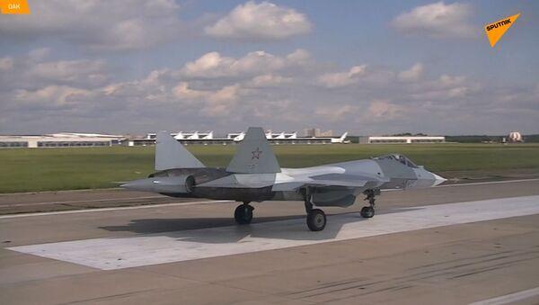 Na videu byla natočena plochá vývrtka Su-57  - Sputnik Česká republika