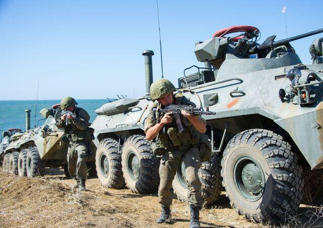 Ruští vojáci na střelnici Opuk. Ilustrační foto.