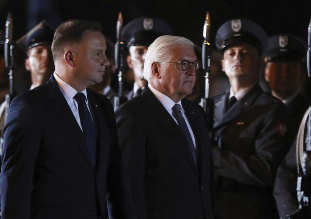Prezidenti Polska a Německa Andrzej Duda a Frank-Walter Steinmeier ve městě Wieluń u Lodže uctívají památku obětí německé agrese při příležitosti 80. výročí začátku 2. světové války (1. září 2019)