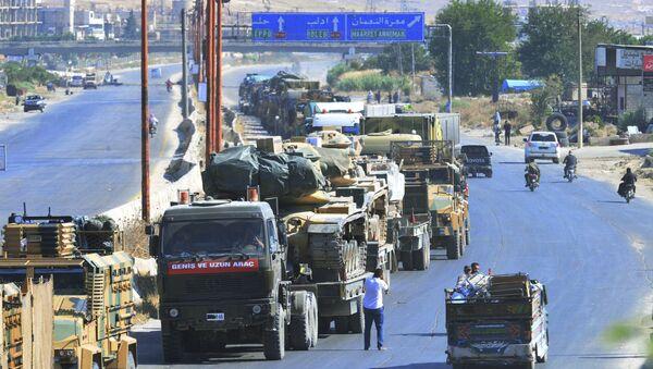 Turecký konvoj v syrském Idlibu - Sputnik Česká republika