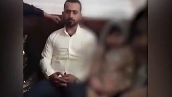 Video ze svatby devítileté dívky v Íránu rozbrečelo novinářku  - Sputnik Česká republika