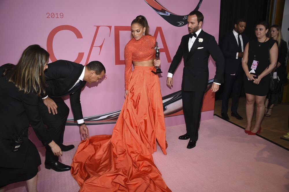 Herečka a zpěvačka Jennifer Lopez na CFDA Fashion Awards