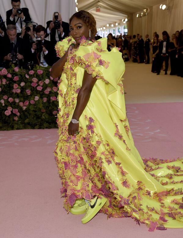Serena Williamsová při zahájení výstavy Camp: Poznámky k módě v New York Metropolitan Museum of Art - Sputnik Česká republika