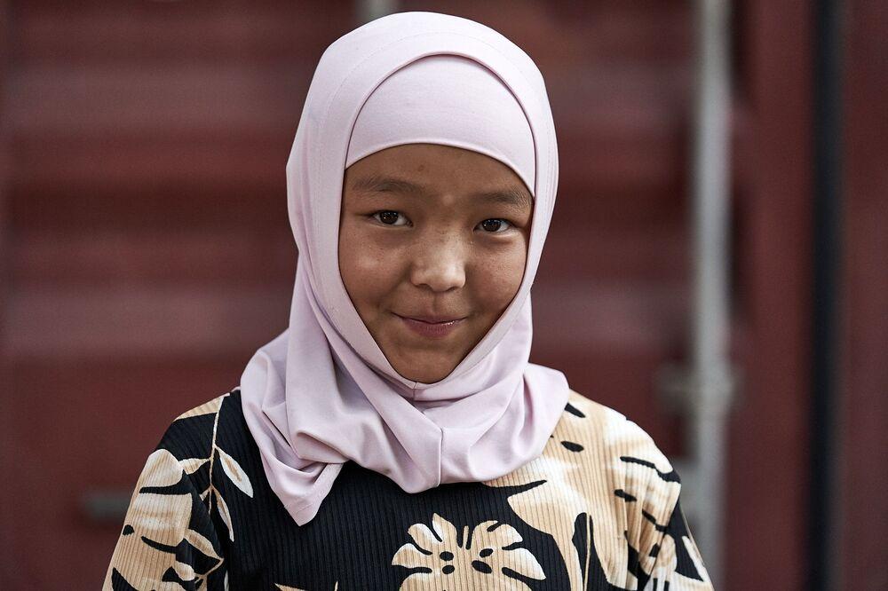 Místní obyvatelka zachycená irským fotografem Richardem Watsonem během jeho cesty do Kyrgyzstánu