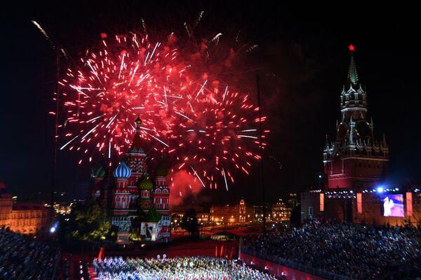 Slavnostní zakončení festivalu Spasská věž na Rudém náměstí v Moskvě. - Sputnik Česká republika