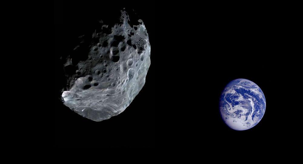 Asteroid letící směrem k Zemi