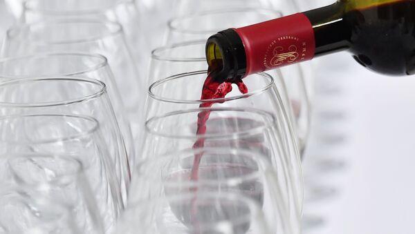 Červené víno. Ilustrační foto - Sputnik Česká republika