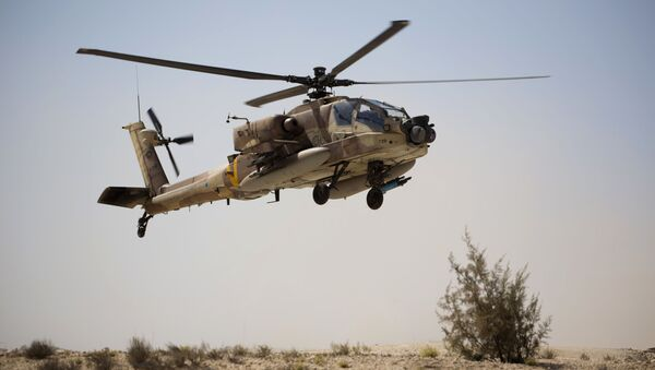 Útočný vrtulník AN-64 Apache izraelského letectva - Sputnik Česká republika