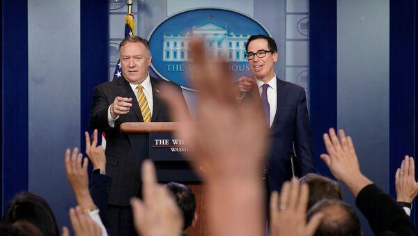Tisková konference ministra zahraničí USA Mika Pompea a ministra financí USA Stevena Mnuchina - Sputnik Česká republika