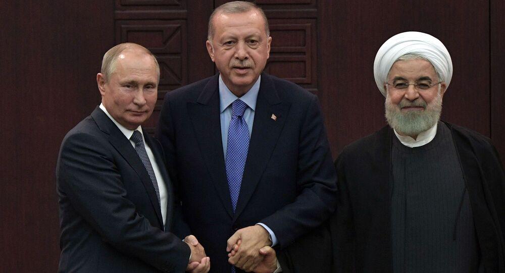 Prezidenti Ruska Vladimir Putin, Turecka Recep Tayyip Erdogan a Íránu Hasan Rúhání