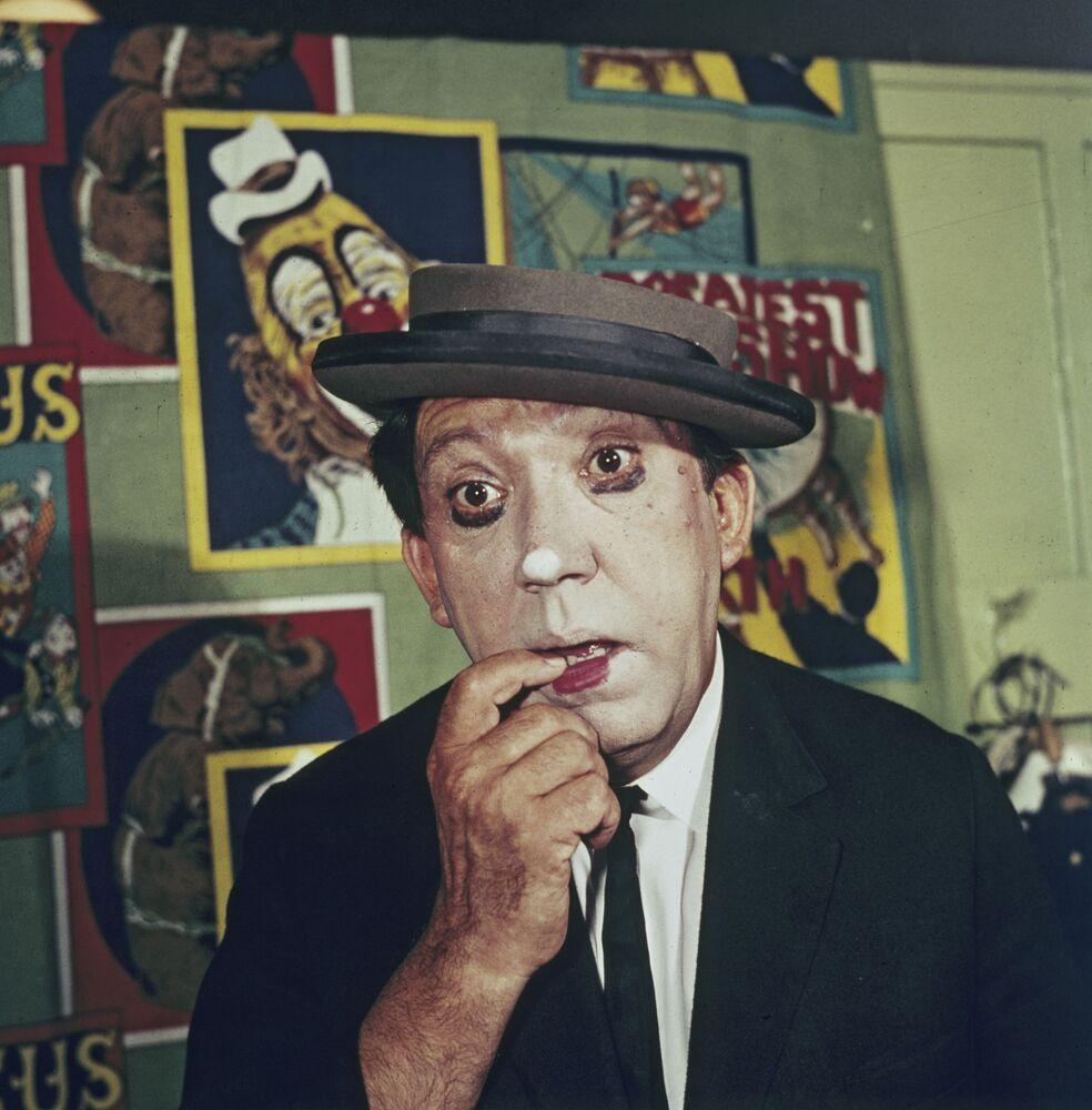 Cirkusový umělec Jurij Nikulin, rok 1974.