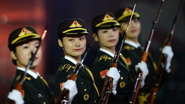 Číňanky ve vojenské uniformě - Sputnik Česká republika