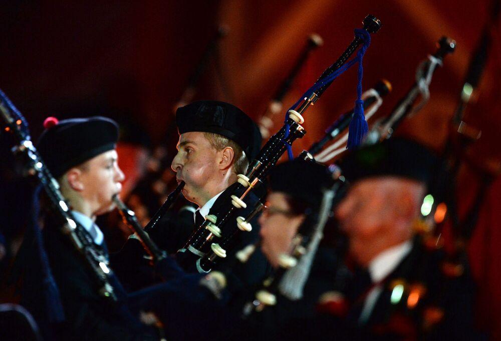 Vojenská hudba z celého světa na festivalu Spasská věž v Moskvě
