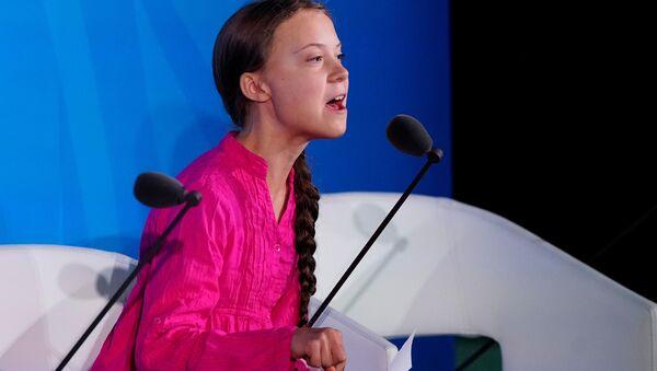 Švédská školačka Greta Thunbergová na klimatickém summitu OSN v New Yorku - Sputnik Česká republika