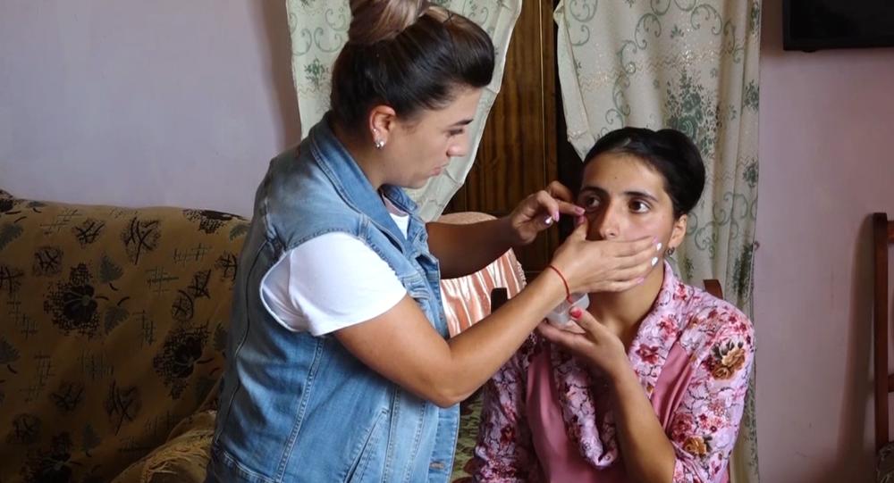 """Video: Žena pláče krystaly """"diamatů"""". Toto ojedinělé onemocnění šokovalo nejen svět, ale i lékaře"""