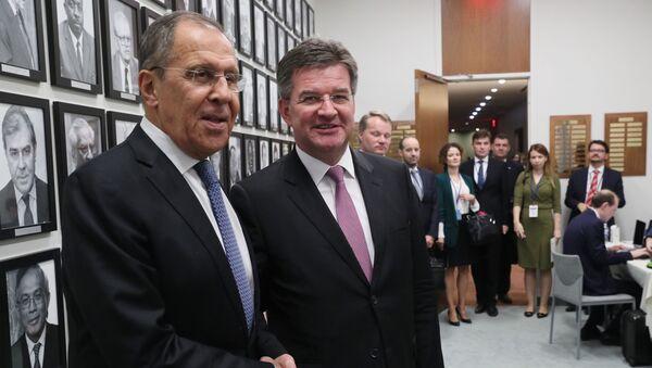 Úřadující předseda Organizace pro bezpečnost a spolupráci v Evropě (OBSE), slovenský ministr zahraničí Miroslav Lajčák, se setkal se šéfem ruské diplomacie Sergejem Lavrovem v New Yorku, a to na okraji 74. zasedání Valného shromáždění OSN - Sputnik Česká republika