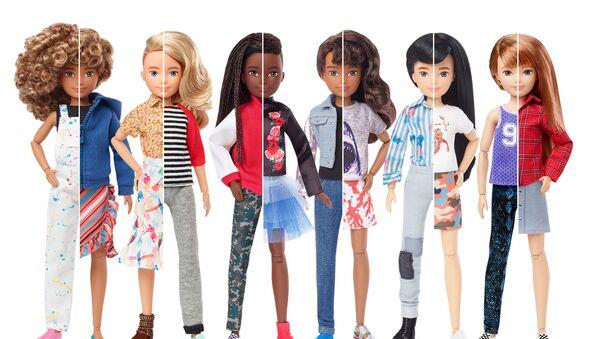 Mattel představuje panenky s neutrálním pohlavím - Sputnik Česká republika