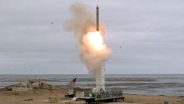 USA zkouší raketu, která je zakázána INF - Sputnik Česká republika