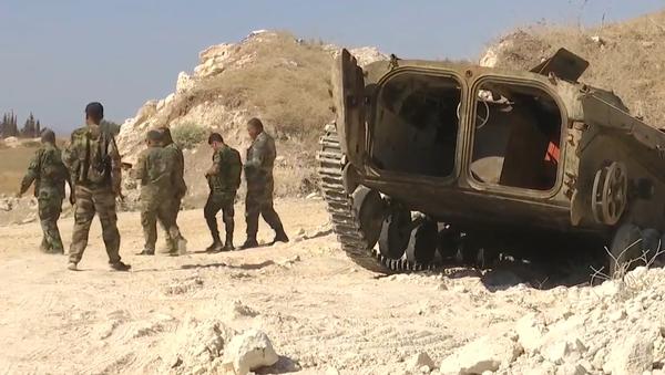 Video: Exkluzivně. Životní podmínky syrských bojovníků v rozsáhlé síti jeskyní, kde se nacházely jejich základny - Sputnik Česká republika