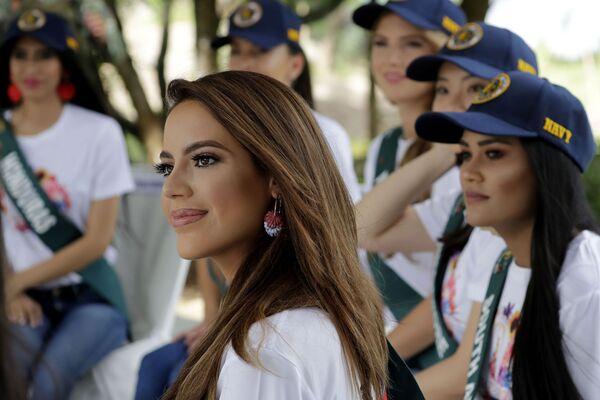 Uchazečka o titul Miss Earth 2019 ze Španělska, Sonia Romeo. - Sputnik Česká republika