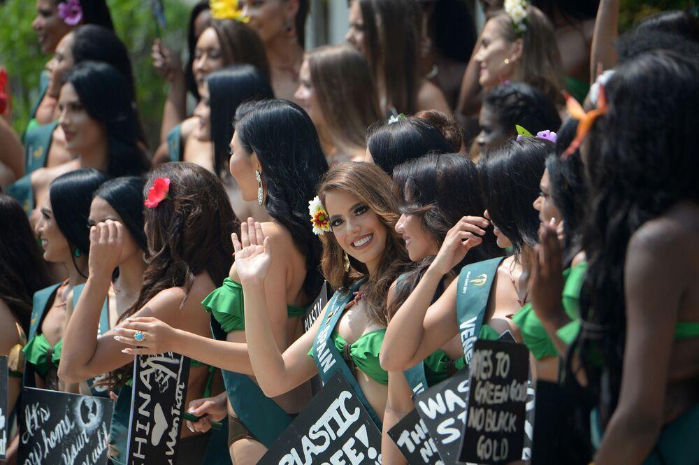 Uchazečky o titul Miss Earth 2019.