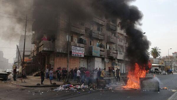Protivládní protesty v Bagdádu (3. 10. 2019) - Sputnik Česká republika