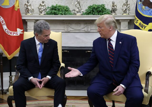 Setkání prezidenta Finska Sauli Niinistöho a amerického prezidenta Donalda Trumpa