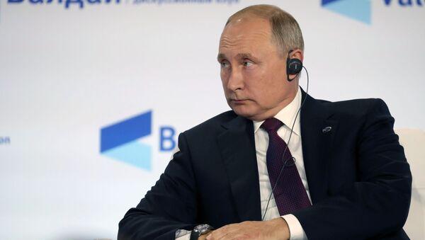 Vladimir Putin na zasedání diskuzního klubu Valdaj - Sputnik Česká republika
