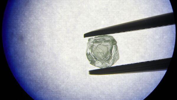 V Jakutsku našli unikátní diamant podobný ruské matrjošce - Sputnik Česká republika
