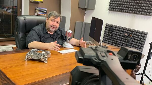 Český novinář a moderátor Lubos Xaver Veselý - Sputnik Česká republika