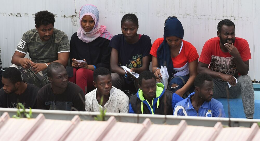 Migranti v Itálii. Illustrační foto