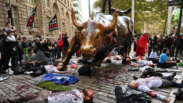 Aktivisté Extinction Rebellion v New Yorku dne 7. října 2019 - Sputnik Česká republika