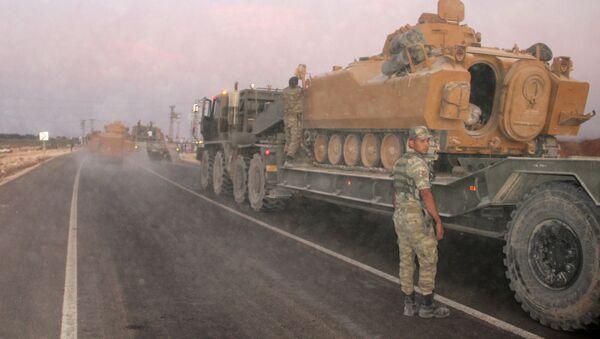 Turecké síly u hranic se Sýrií - Sputnik Česká republika