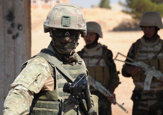 Ruský vojenský instruktor v Sýrii