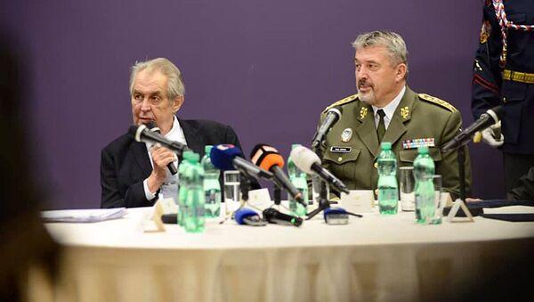 Český prezident Miloš Zeman během výročí generálního štábu - Sputnik Česká republika