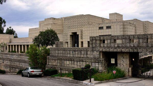 Dům Ennis House v okolí Los Angeles - Sputnik Česká republika